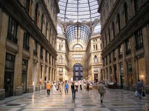 800px-Napoli-galleria_umberto