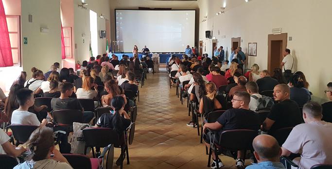 Scuola, Isis Casanova di Napoli: virtual tour per illustrare l'offerta formativa